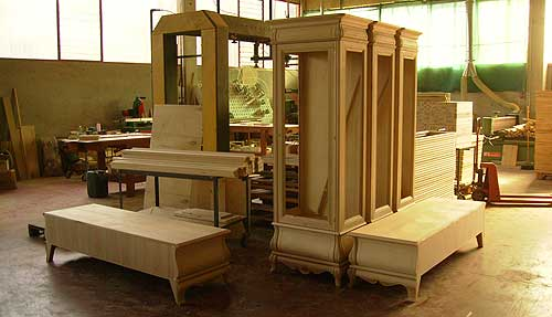 Produzione mobili verona mobili berzoini veneto for Produttori mobili veneto